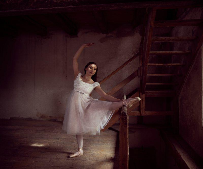 Ballerina in der alten Mühle