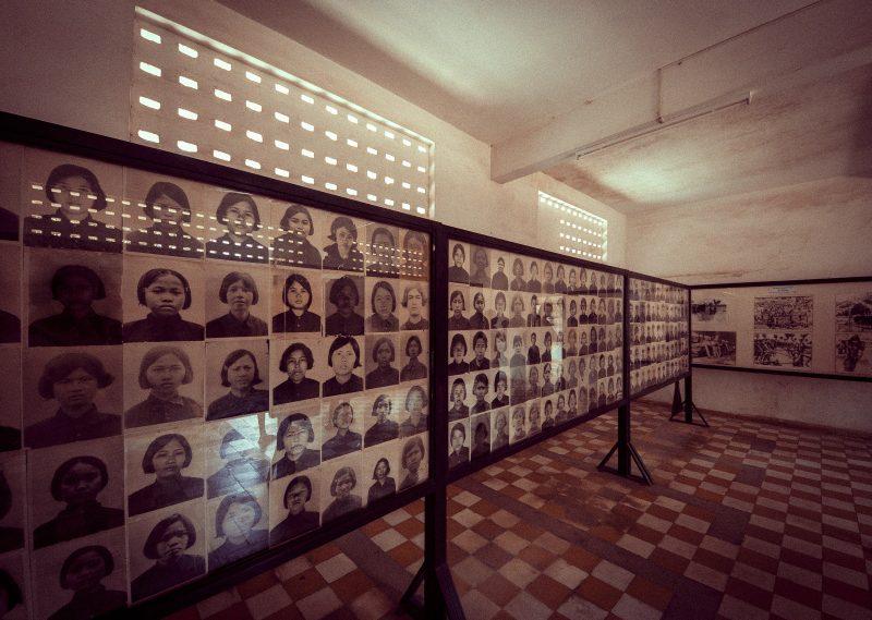 Killing Fields und Tuol-Sleng-Genozid-Museum in Kambodscha