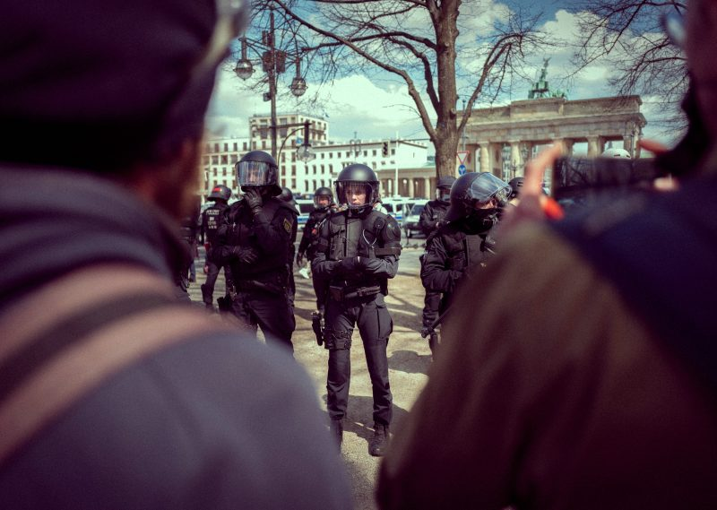 Demonstration gegen das Infektionsschutzgesetz Paragraph 28b in Berlin – 21. April 2021